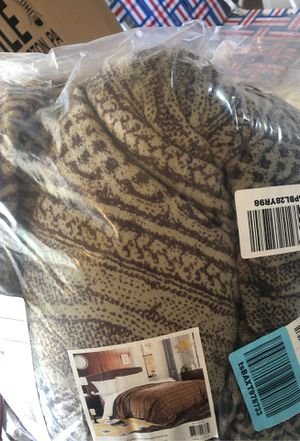 Fleece blanket with Sherpa backing new for Sale in Plainfield, IL