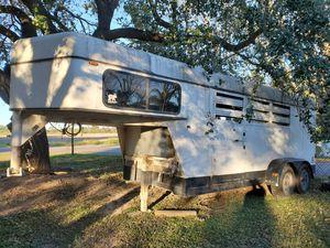 Gooseneck horse/stock trailer for Sale in Progreso Lakes, TX