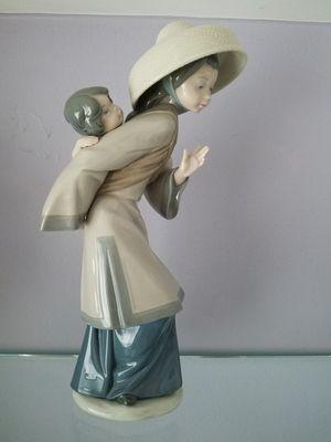 Lladro figurine for Sale in South Miami, FL