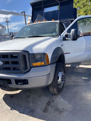 2005 Ford F550 DP for Sale in Hialeah, FL