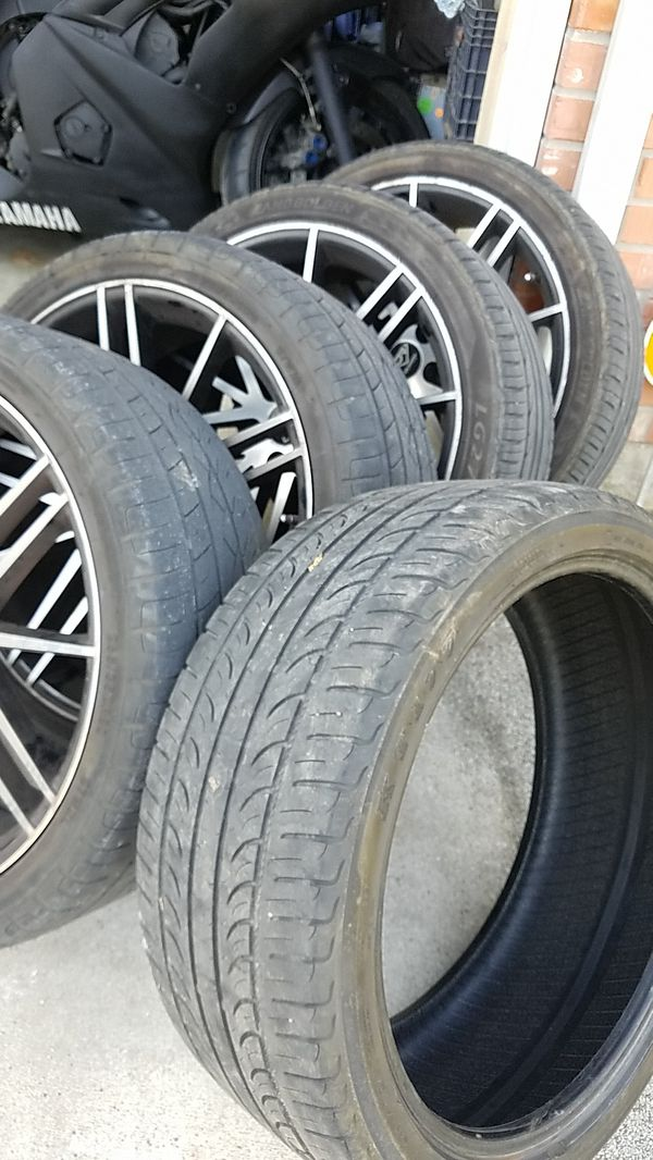20 inch DCENTI Racing wheels