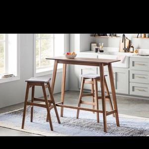Way fair Bar Height Kitchen Dining Breakfast Table and Stools for Sale in Chicago, IL