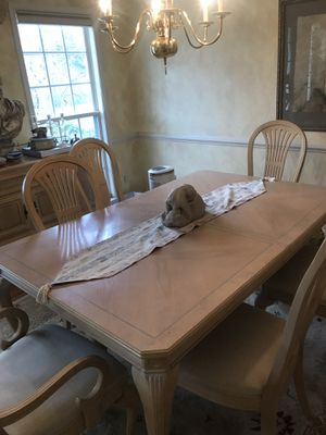 Dining room set for Sale in Chantilly, VA