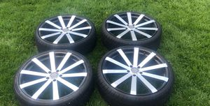 """Ellure 22"""" of a 2014 impala used for a month tires practically new. for Sale in Riverside, IL"""