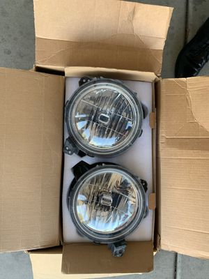 Jeep Wrangler JL 2018-Present Stock Headlights for Sale in San Diego, CA