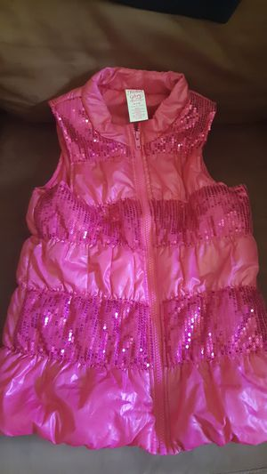 Girl vest clothes lot 7-7/8 for Sale in Mableton, GA