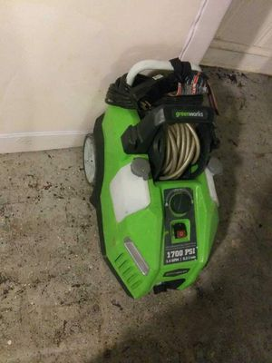 Greenworks 1700 PSI Pressure Washer for Sale in Falls Church, VA