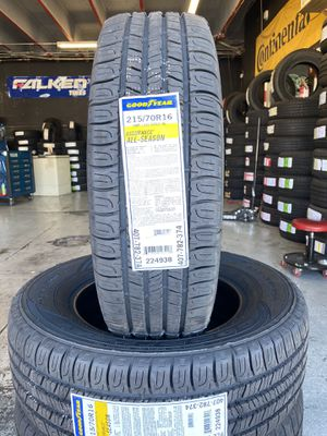 BRAND NEW SET OF GOODYEAR TIRES 215/70/16 for Sale in Bloomington, CA