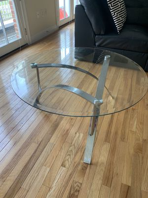 Glass Round Table for Sale in Columbus, OH