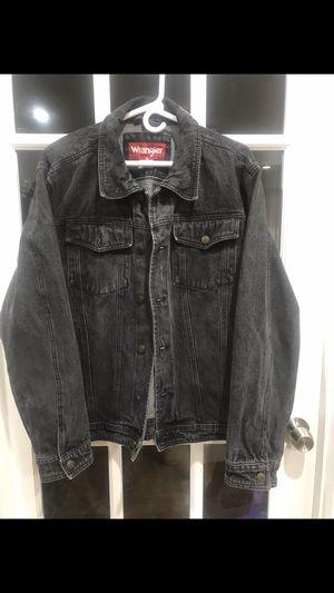 Men's Large, Wrangler Denim Jean Jacket for Sale in Hyattsville, MD