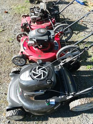 Three Lawn Mowers that don't run for Sale in Tacoma, WA
