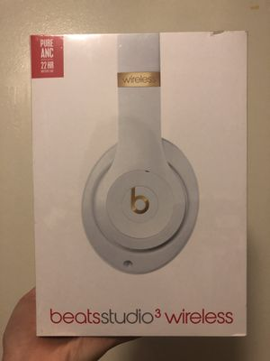 Dr Dre Beats Studio 3 Wireless Headphone for Sale in Chicago, IL