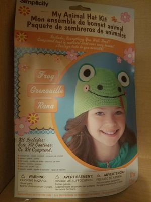 Simplicity My Animal Kid's Frog Hat Kit for Sale in Hubbard, OR