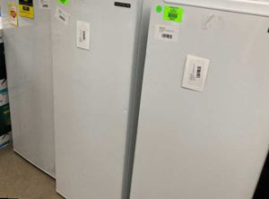 Thompson upright freezer 6.5 ft.³ TFRF690 9QTB7 for Sale in Colton, CA