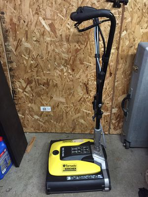 Karcher Br Vs 400 floor scrubber, encapsulation crb machine for Sale in Shoreline, WA