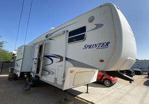 2004 Keystone Sprinter 5th Wheel, 28-ft for Sale in Hesperia, CA