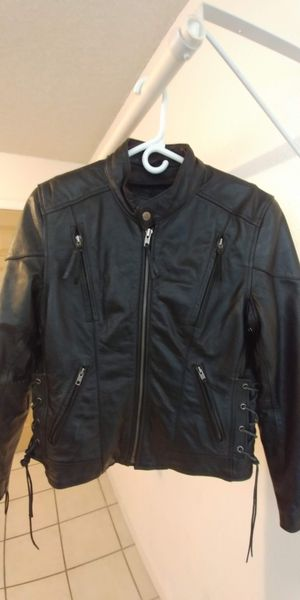 Ladies black leather motorcycle jacket for Sale in Sun City, AZ