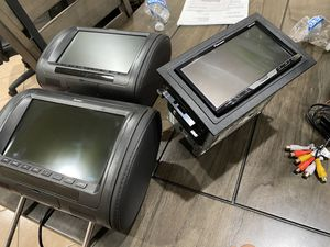 Pioneer double din avh490bt and head rest TVs for Sale in South Gate, CA