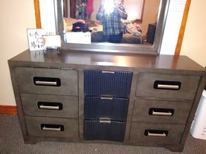 Queen Size Seneca Bedroom Set For In Fort Wayne