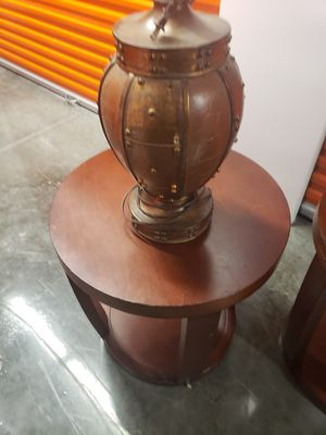 3 living room tables with 2 lamps. for Sale in Houston, TX