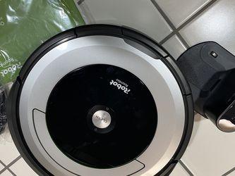 Roomba 690 for Sale in Fresno,  CA