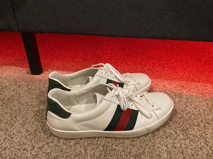 Gucci shoes 8.5/9 for Sale in Oceanside, CA