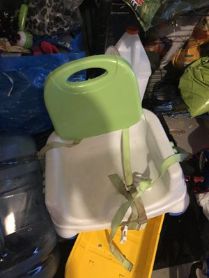 Baby booster seat for Sale in Sugar Grove, IL