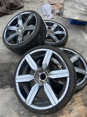 22x9.5 VCT GOTTI RIMS 5x120 and 5x115 bolt pattern for Sale in Tampa, FL
