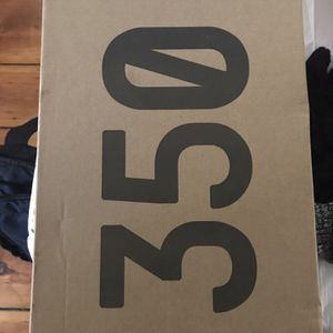 Yeezy 350 Boost Yeshay for Sale in South Windsor, CT