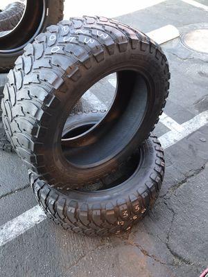 (2) Tires offroad 33x12.50r20 llantas todo terreno for Sale in Los Angeles, CA