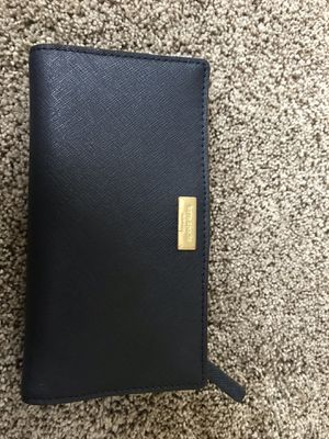 Kate spade navy wallet for Sale in Northville, MI