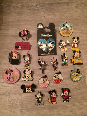 21 Mickey / Minnie Disney tradable pins! for Sale in Orlando, FL