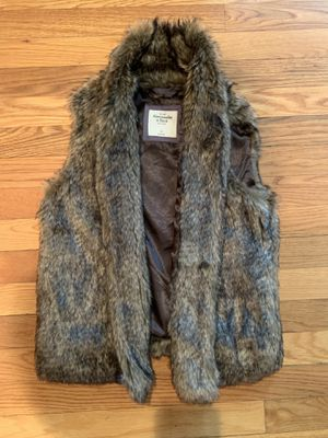 Faux fur vest for Sale in GRANDVIEW, OH