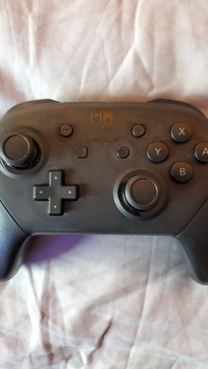 Nintendo switch pro controller for Sale in Monroe, WA