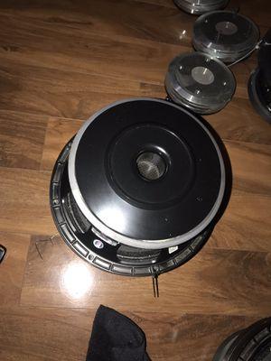 De 10 mb600 tengo 8 for Sale in Reading, PA