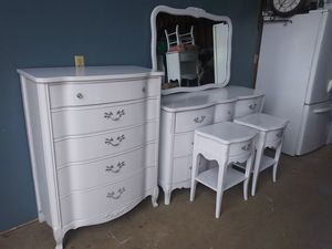 French Farmhouse Bedroom Set for Sale in Hillsboro, OR