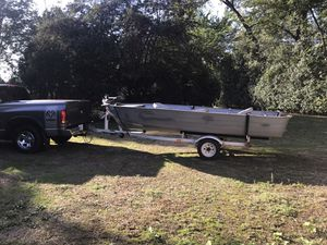 1974 16 foot Smokercraft W/trailer for Sale in Elk Grove Village, IL