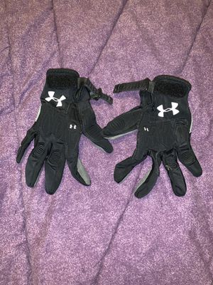 Under Armour padded gloves for Sale in Chesterfield, VA