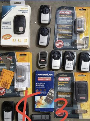 Chamberlain 3-Button Garage Door Remote Control for Sale in South El Monte, CA