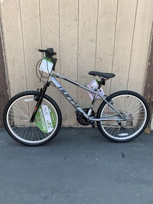 """LAST ONE 🔥🚀📈 HUFFY ROCK CREEK 18 SPEED SHIFTERS WITH SHIMANO REAR DERAILLEUR NEW MOUNTAIN BIKE NEVER USED BRAND NEW 24"""" HEIGHT 4' 6"""" - 5' 6"""" for Sale in La Mirada, CA"""