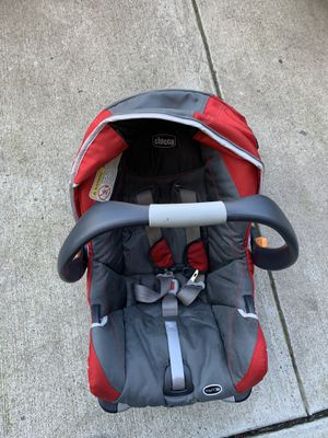 Chicco car seat rear facing for Sale in Laurel, MD