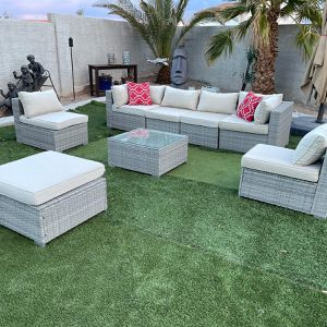 Patio Wicker Furniture 8 Pieces Great Condition for Sale in North Las Vegas, NV