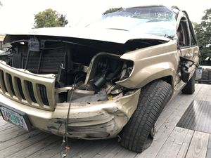 Parting out 1999 Jeep grand Cherokee Limited for Sale in Portland, OR