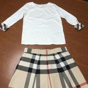 Burberry Girls Skirt And Sweater for Sale in Weston, FL