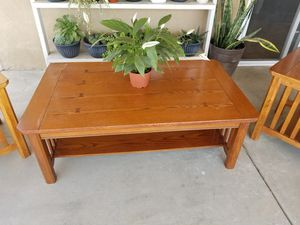 Coffee table and end tables set for Sale in Bakersfield, CA