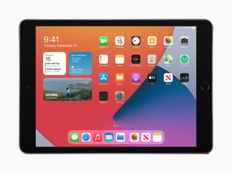 iPad 8 128GB, Like new in box for Sale in Vancouver,  WA