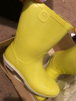 Neon Lime Ugg rain boots ! for Sale in Kent, WA