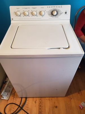 Washer for Sale in Portsmouth, VA