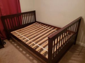Nice full bed with mattress for Sale in Ontario, CA