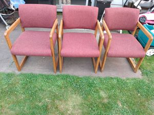 Like new. 3 very comfy chairs in very good condition. for Sale in Kent, WA
